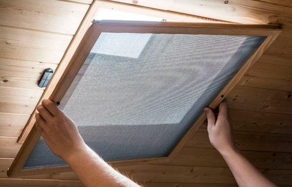 instalación de mosquiteras en las ventanas